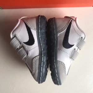 Infant Nike shoes SMS Roadrunner 2 (TDV) Size 2C